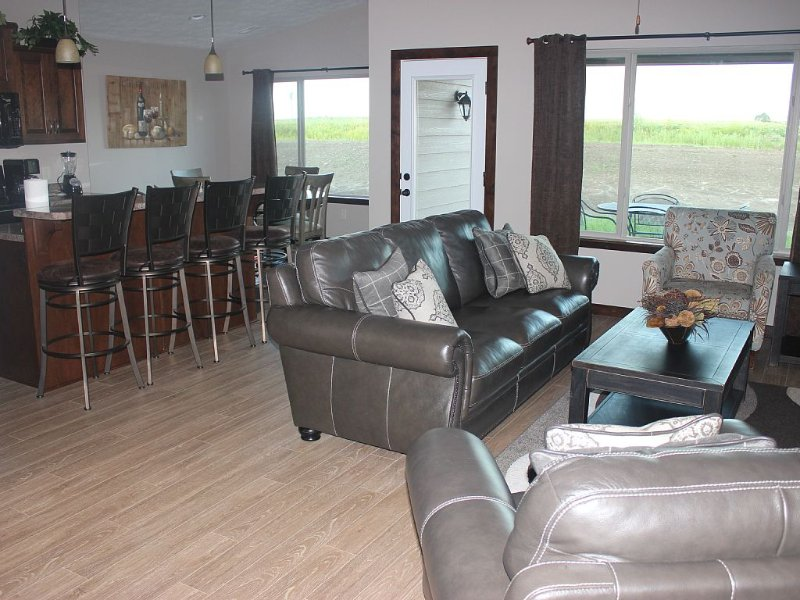 Bridges Bay Resort Vacation Cabin, vacation rental in Iowa
