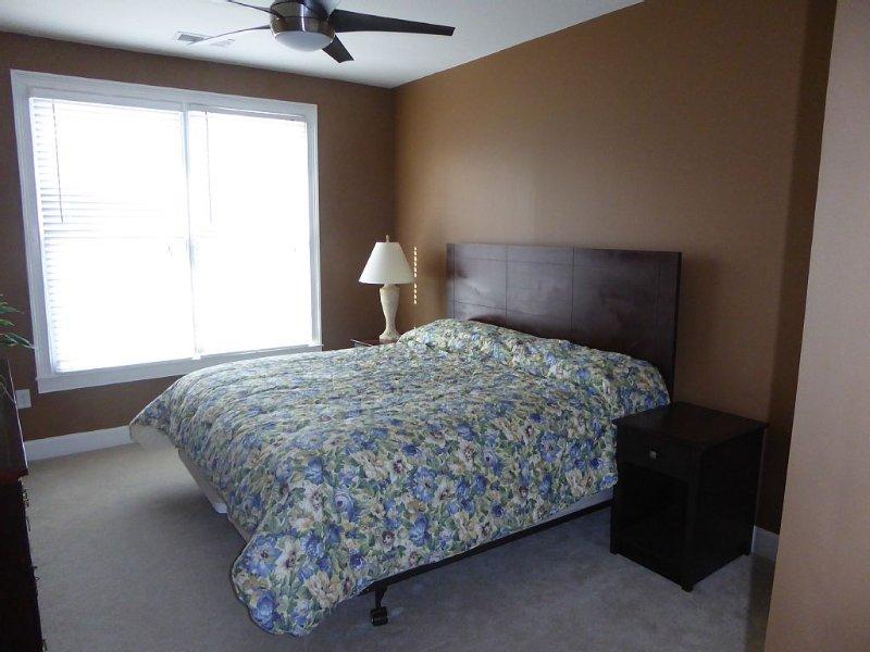 Bedroom 2-King Bed