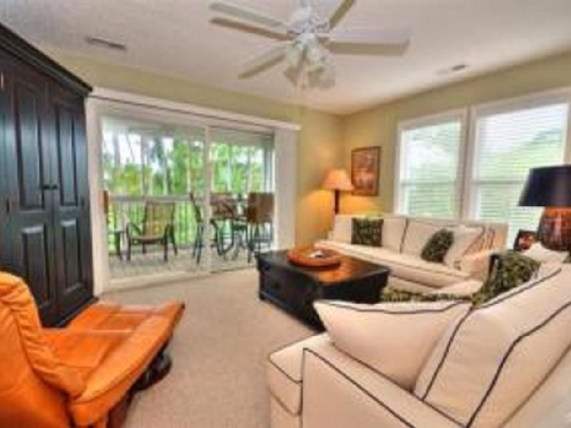 Beautiful Southport, Golf Frontage & Oak Island Beach, vacation rental in Southport