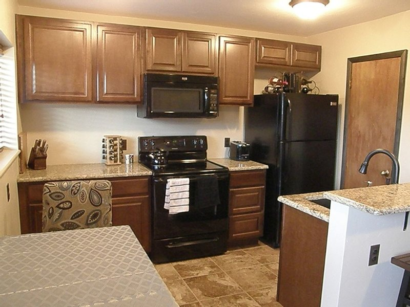 1 Bedroom, 1 Bathroom Remodeled Condo In The Heart Of Fairplay, holiday rental in Fairplay