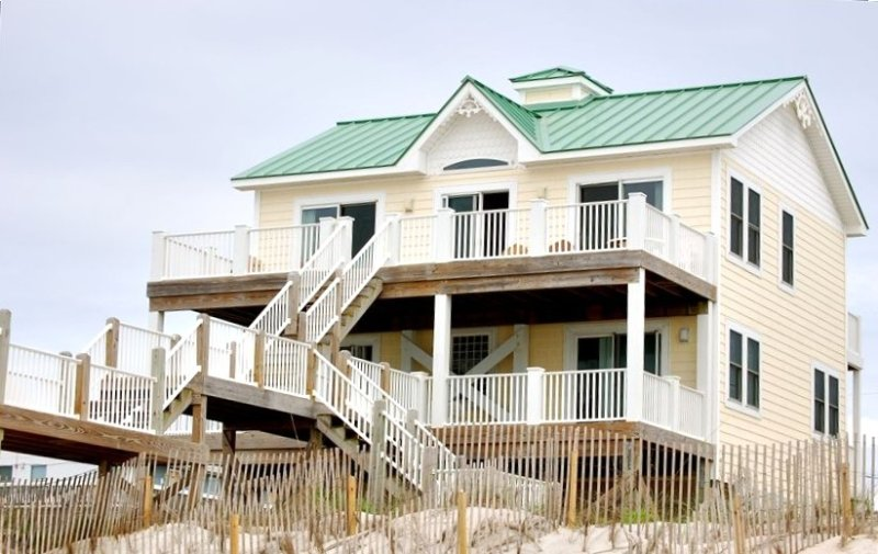 Spectacular Oceanfront and Views., location de vacances à North Topsail Beach