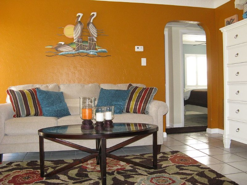 West Coast Florida Island Home, holiday rental in Treasure Island
