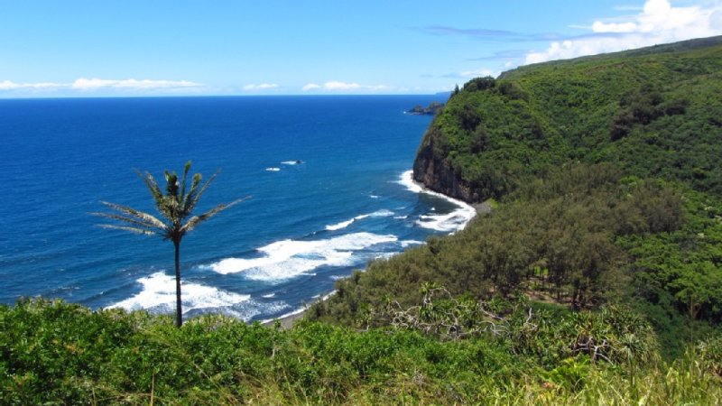 Breathtaking Pololu Valley is minutes away