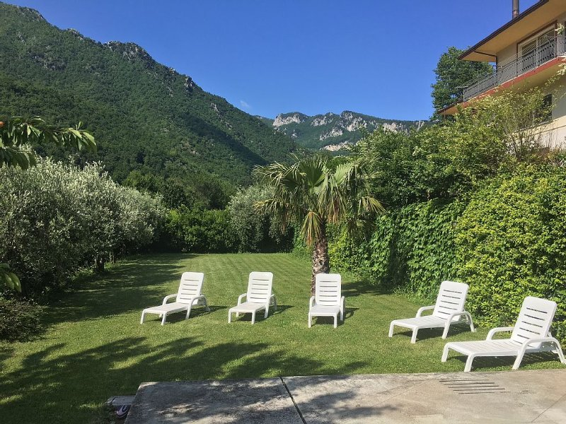 APPARTAMENTO IN COLLINA, location de vacances à Montecorvino Rovella
