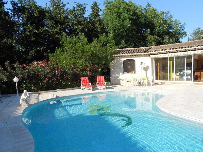 Entre monaco et Cannes villa 2 pièces avec piscine privative au calme, casa vacanza a Roquefort les Pins