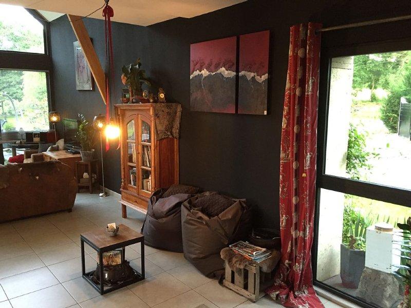Chambres en longère : moderne, au calme, entourée de champs (1-6 pers), vacation rental in Saint-Florent-le-Vieil