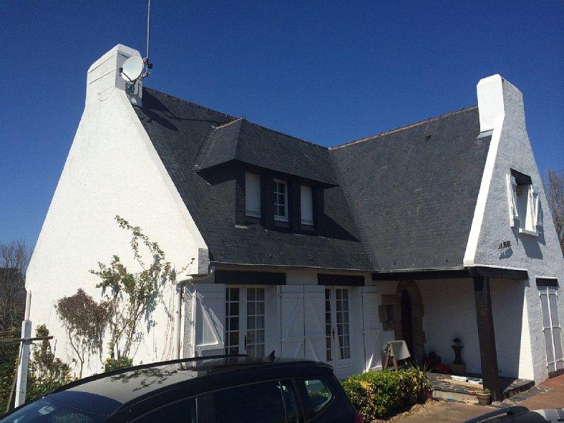 Grande Maison familialle 4ch jardin et terrasse exposée Ouest, casa vacanza a Guerande