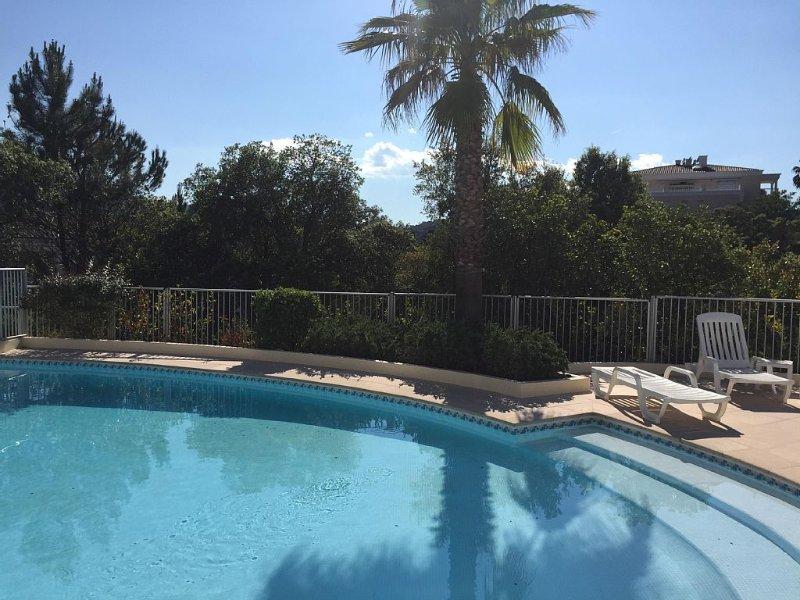 Appartement Mandelieu GOLF 2p – semesterbostad i Mandelieu-la-Napoule