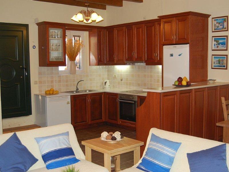 CHRIS AND NICK CORFU VILLA, holiday rental in Petriti