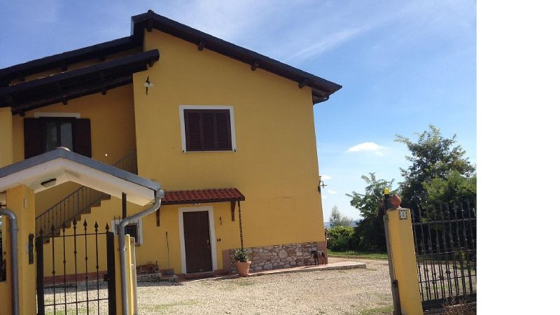 Relax e Divertimento, holiday rental in Penna Sant'Andrea
