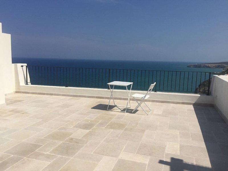 Spettacolare terrazza sul mare, holiday rental in San Menaio