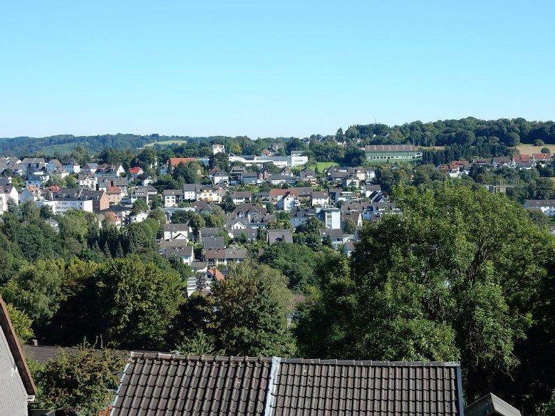 ☼ Am Sonneneck ☼ FEWO in Ennepetal mit Garten - toller Blick - WLAN, Ferienwohnung in Ennepetal
