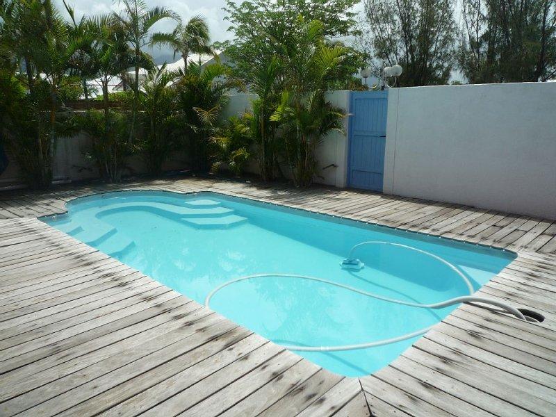 piscine chauffée d'Avril à octobre