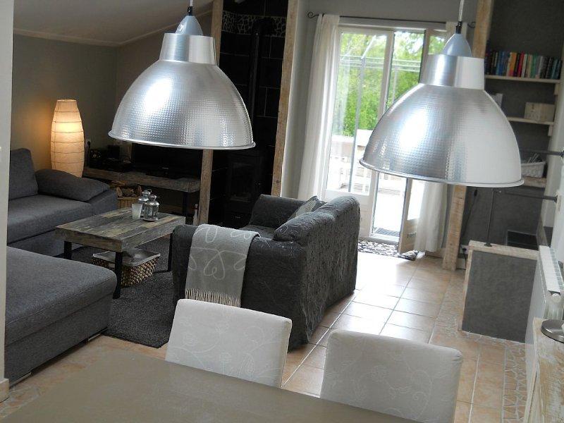 Gîte indépendante, très confortable, wifi, Sancy proche Super Besse, location de vacances à Saint-Genès-Champespe