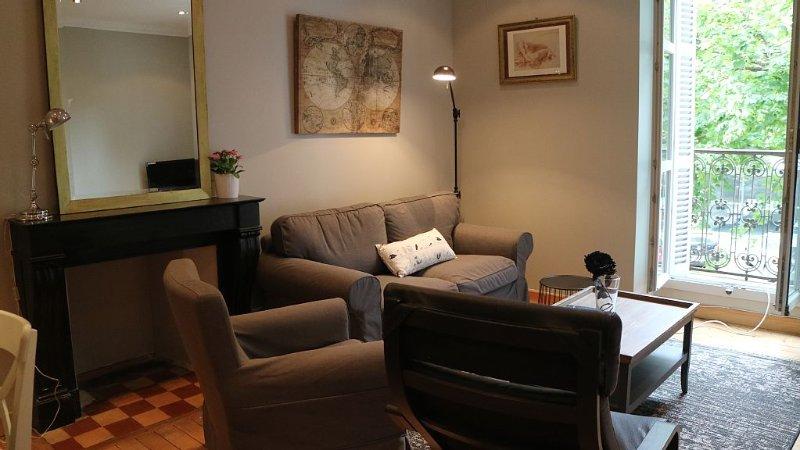 Bel appartement confortable de 74m2, 4 personnes, centre Dijon., vacation rental in Genlis