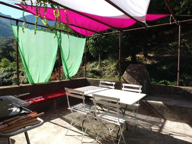 SOUS LE CIEL ETOILE DE LA BALAGNE, location de vacances à Zilia