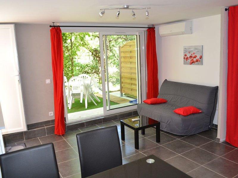STUDIO 2/3 Pers COTE D'AZUR au calme entre Cannes et Grasse, vacation rental in La Roquette-sur-Siagne