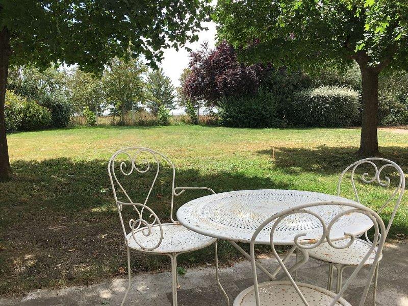 gite tout confort proche de la cathédrale de Chartres, au calme de la campagne, location de vacances à Eure-et-Loir