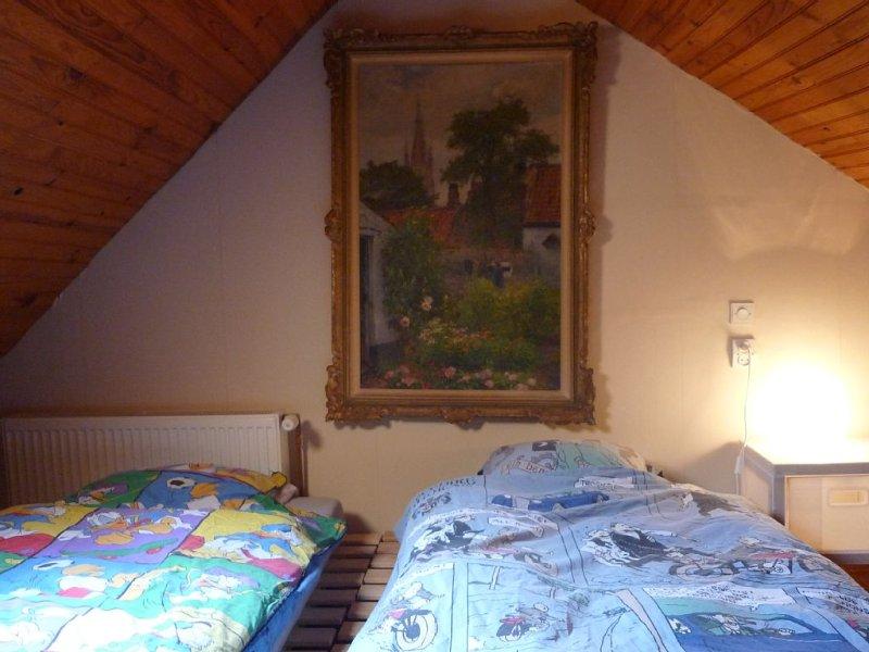 Charmant appartement en duplex près de la plage, vacation rental in De Panne