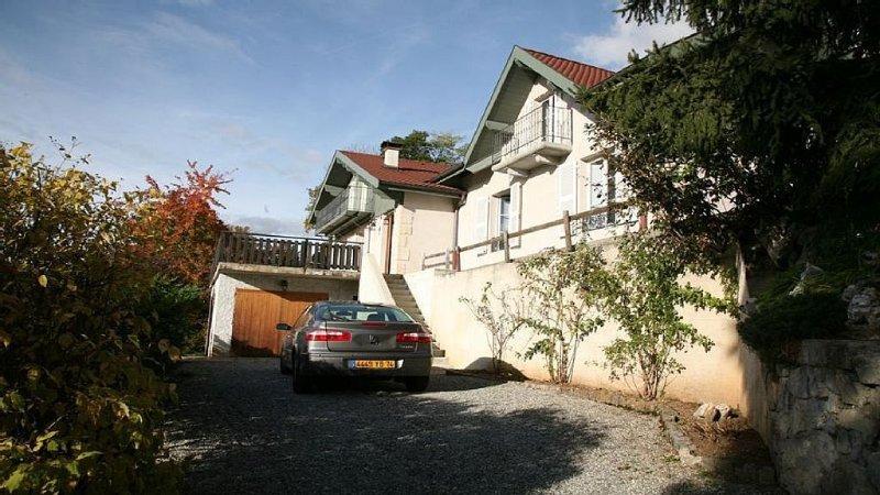 Location maison de vacances près d'Annecy, 7pl,  vue imprenable  sur le lac, vacation rental in Talloires