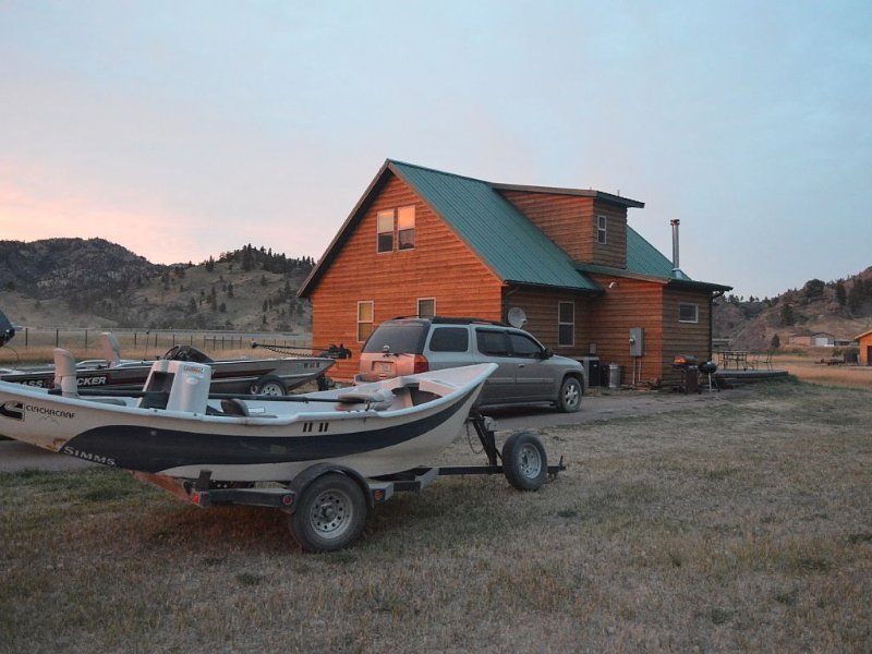 Trout fishing get away near Craig Montana on the Missouri River, holiday rental in Craig