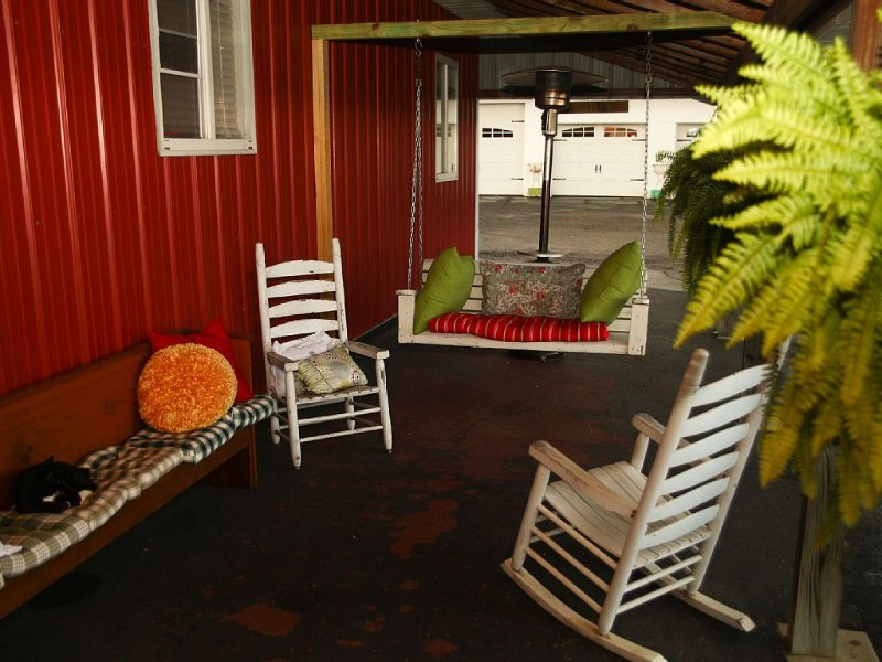 Converted Barn in Amish Country, holiday rental in Millersburg