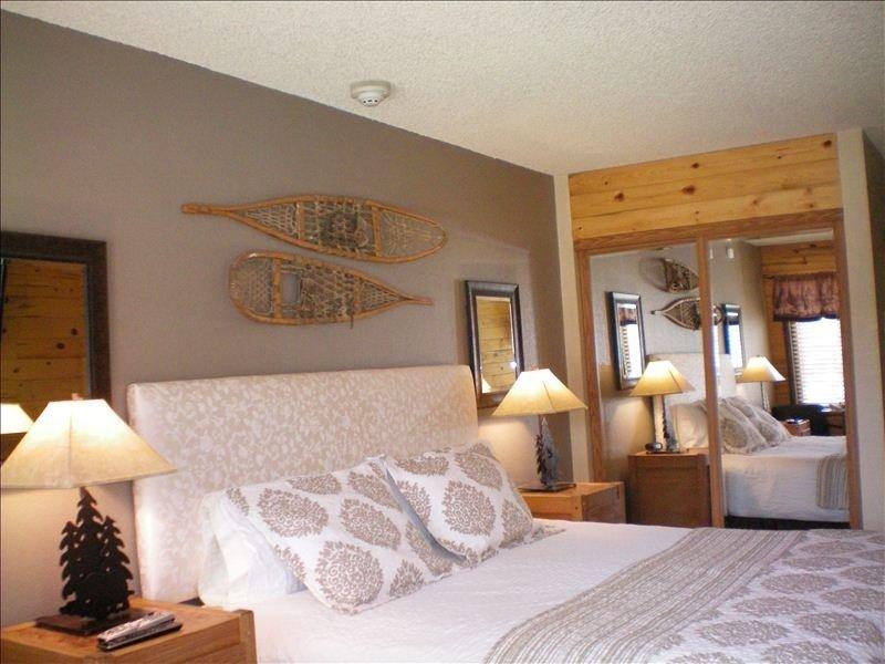 Inexpensive Ski Condo 2BR/2BA (Slps 6) $85-$160, casa vacanza a Granby
