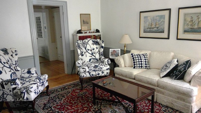 Historic Home in the McIntyre District - walk to  shops, museums, restaurants – semesterbostad i Swampscott