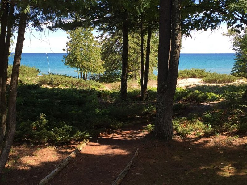 Beaver Island - Cable Bay Cottage, holiday rental in Beaver Island
