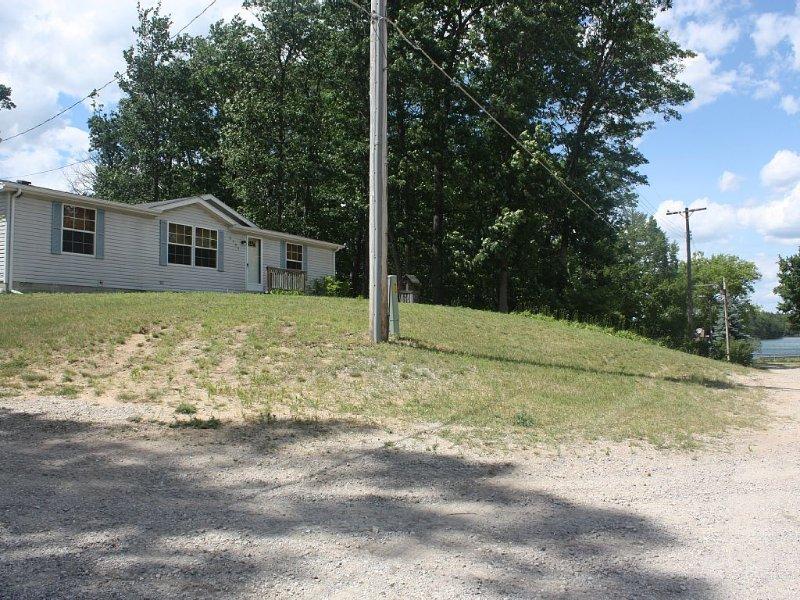 West Branch, MI Clear Lake, casa vacanza a Lupton