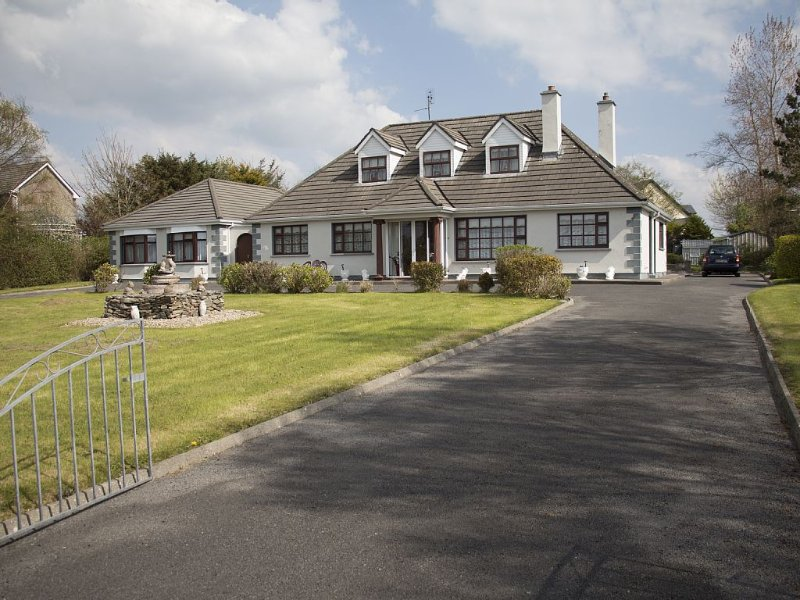 Boley Patrick Self Catering Rental (Apartment 1, Sleeps 2), vacation rental in County Mayo