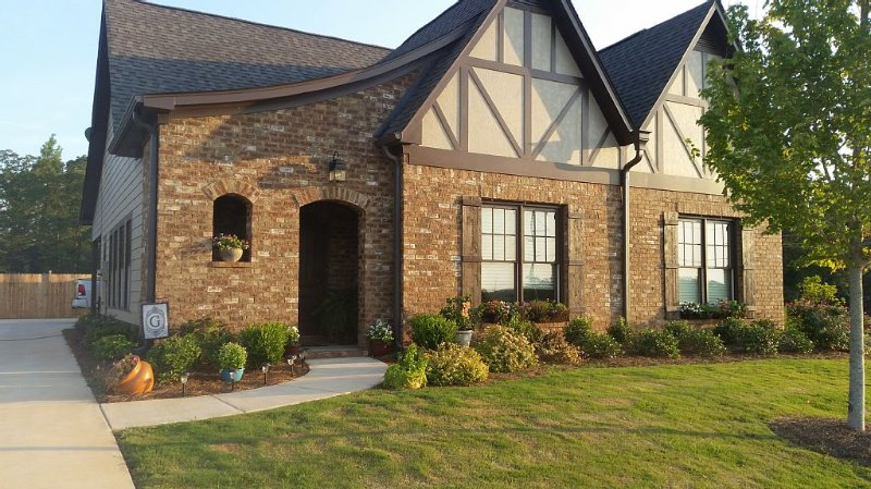 Bama Football Game Rental, holiday rental in Jefferson