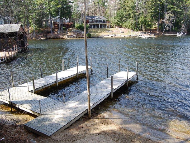 Private 30 foot U-shape dock.
