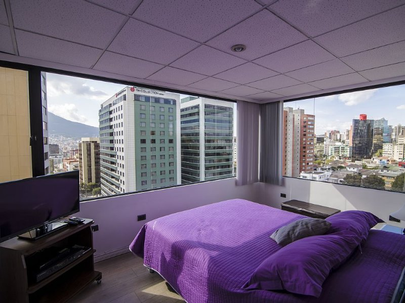 1Br. apartment ¡YOUR BEST CHOICE, MAGNIFICENT VIEW OF QUITO!, alquiler de vacaciones en Provincia de Pichincha