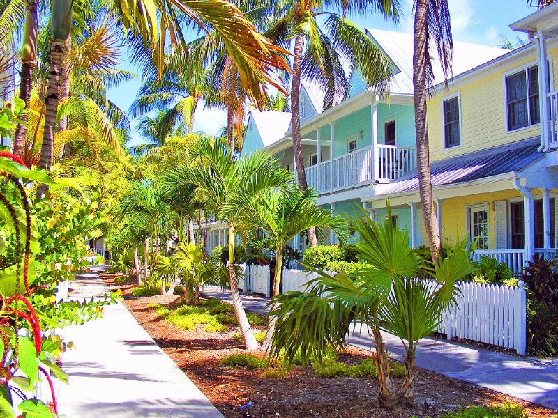 Attitude Key West (2 Bikes and Wireless Internet), vacation rental in Key West