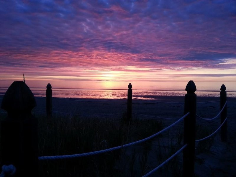 Steps from the Beach - The Sandcastle - Amazing Ocean View, holiday rental in Old Orchard Beach