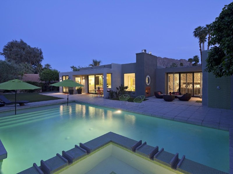 Indian Wells, CA - Luxury 3 Bedroom Home - Fully Renovated, holiday rental in Indian Wells