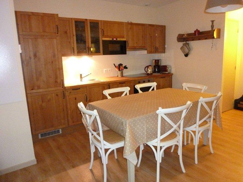 Appartement dans résidence de standing - Désinfection après chaque séjour, Ferienwohnung in Cauterets