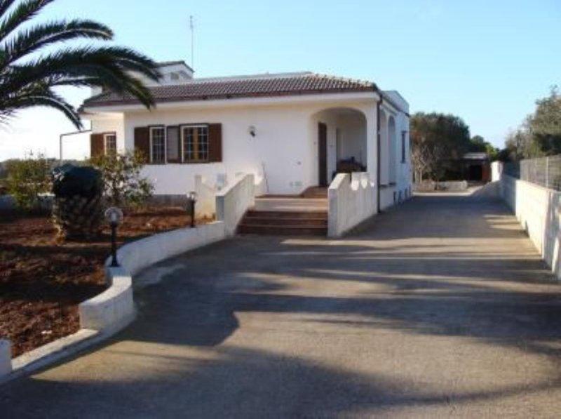 Casa con giardino in salento, holiday rental in Castiglione d'Otranto