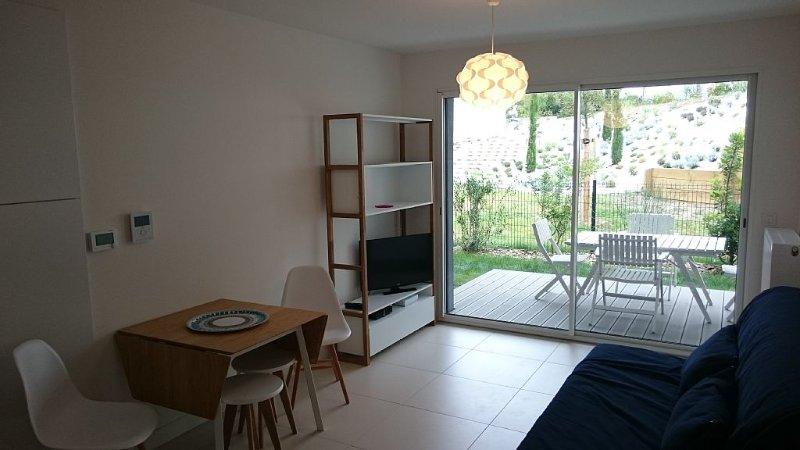 Anglet Biarritz chambre d'amour 100m de la plage !!! résidence grand standing, location de vacances à Anglet