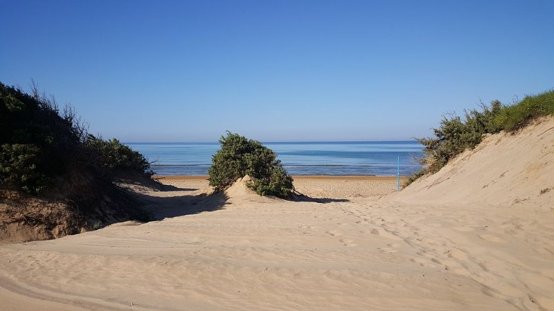 Cottage by the sea and the dunes, location de vacances à Ispica