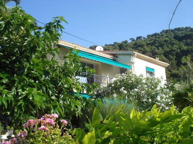 Lovely  appartement, Between Nice and Monaco With Great Sea View, holiday rental in Èze