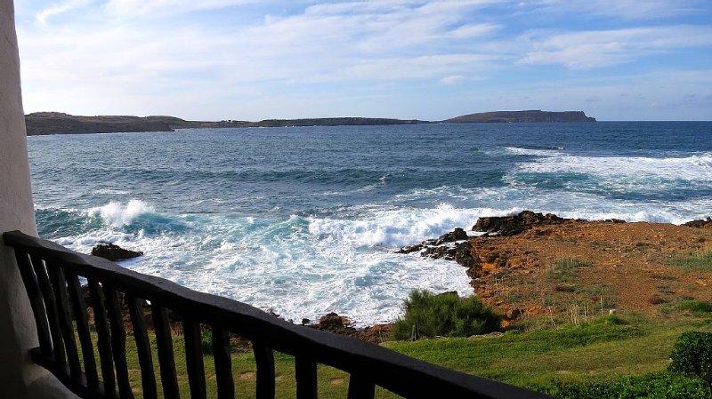 Primerísima línea de mar en Menorca, location de vacances à Playas de Fornells