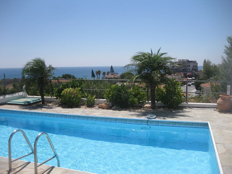 Air-conditioned Villa With Private Pool And Stunning Sea Views, holiday rental in Pissouri