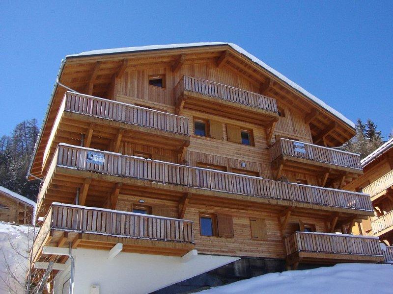 spacious 3 bed 2 bath apartment,mountain view,close to slopes,on bus route, alquiler de vacaciones en Plagne Bellecote