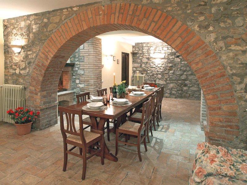 Casale in affitto in Umbria a ridosso di un suggestivo Castello Medioevale, location de vacances à Orvieto