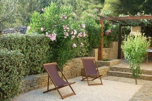 Gîte confortable pour 4 personnes dans un petit coin de paradis, 5 mn de la mer, location de vacances à La Ciotat