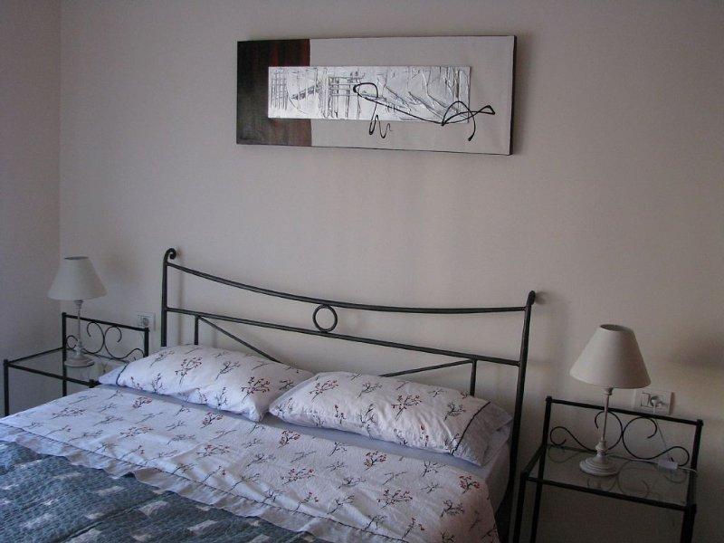 Appartement proche océan + place de parking avec possibilité location de voiture, holiday rental in Costa del Silencio