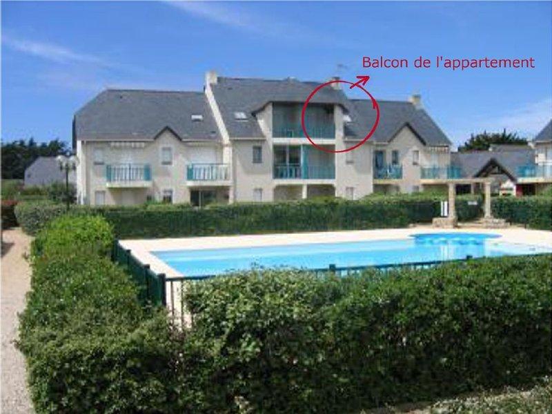 Appartement 2 pieces, 2ieme etage avec vue sur la piscine, location de vacances à Batz-sur-Mer