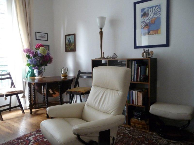 Situation exceptionnelle! Appartement avec garage intra-muros à 20m plage, aluguéis de temporada em Saint-Malo